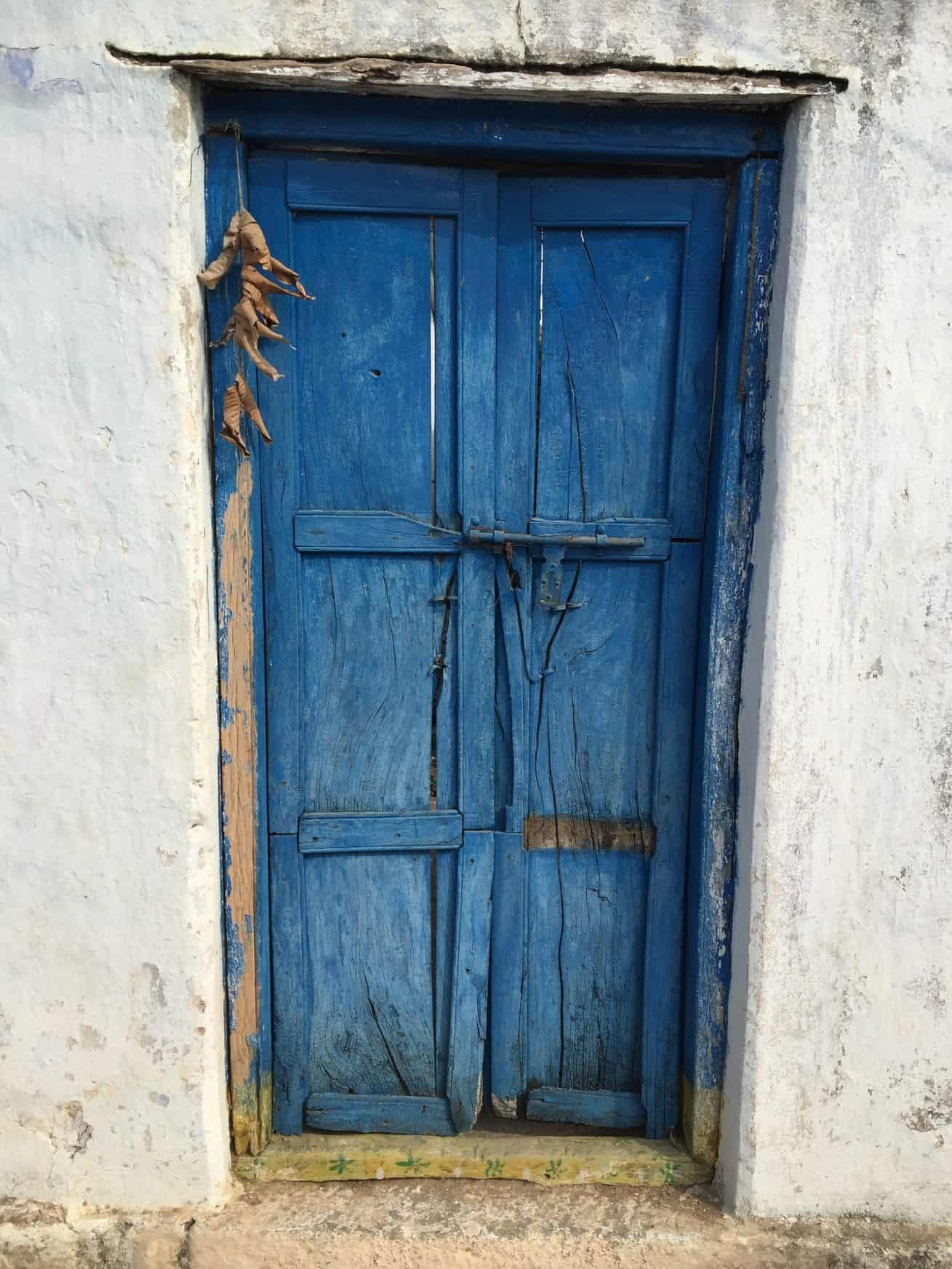 Blue Wooden Door Diggingup1800